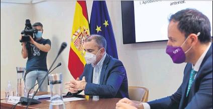 ?? FOTO: EFE ?? El presidente del Consejo Superior de Deportes, José Manuel Franco, durante la reunión del CSD