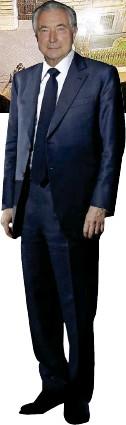 ?? Ansa ?? Vigilante e vigilato Il governatore Ignazio Visco e l'ex presidente di Pop Vicenza, Gianni Zonin; sopra, Palazzo Koch. A sinistra, la sede della Bcc