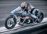 ??  ?? That's yer Max Biaggi on his 'leccy Voxan thingy
