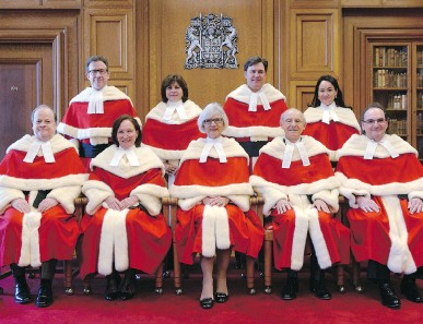 ?? ADRIAN WYLD/THE CANADIAN PRESS FILES ?? The Supreme Court justices during the official welcoming ceremony for Supreme Court of Canada Justice Suzanne Côté on Tuesday in Ottawa. Top row, from left, Clément Gascon, Andromache Karakatsanis, Richard Wagner and Côté. Bottom row, from left, Thomas...