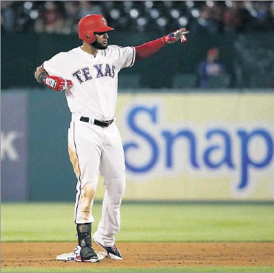 ?? Rose Baca/Staff Photographer ?? Rangers right fielder Nomar Mazara led the major leagues with nine RBIs after the first week of the season. The 21-yearold was named the American League Player of the Week.