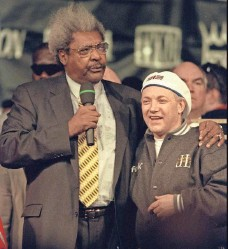 """??  ?? Promoter Don King, left, who used to poke fun at Maloney's height, says, """"Kellie's decision (to transition) was honest. Nobody ever had to know. You have to respect her for that."""""""