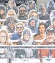 ?? FOTO: DPA ?? Pappfiguren als Publikum? So war es bei der Vierschanzentournee.