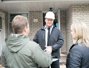 ?? ALEX SCHULDTZ / THE HOLMES GROUP ?? Thermal imaging, air quality tests and deck checks are key to a good home inspection.
