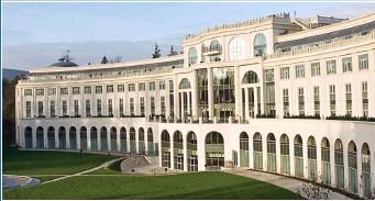 ??  ?? splendour: The former Ritz-Carlton Hotel epitomised Celtic Tiger affluence