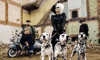 ??  ?? A still from Cruella