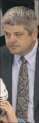 ?? — MCT ?? San Jose Sharks head coach Todd Mclellan is going through a period of uncertainty similar to Vigneault's.