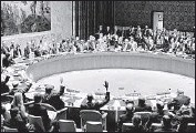 ?? Jewel Samad AFP/ Getty Images ?? SECURITY COUNCIL members raise their hands for a resolution endorsing the nuclear deal.