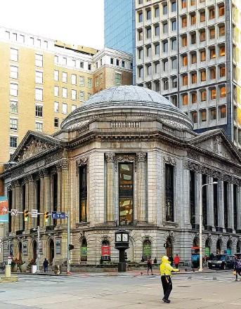 ?? FOTO: NEVERLEAVETHECLOUDS ?? Im einstmals drittgrößten Bankgebäude der USA kann man heute edel frühstücken.