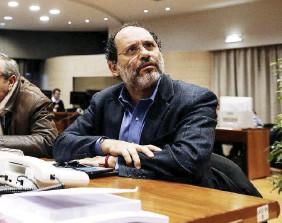 ?? Ansa ?? La toga e il Viminale Antonio Ingroia e, in basso, l'ex ministro Minniti e il capo della Polizia Gabrielli
