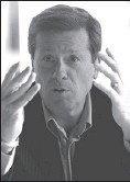 ?? GLENN LOWSON, NATIONAL POST ?? Ontario Conservati­ve leader John Tory, shown speaking at a roundtable in Toronto yesterday, unveiled a campaign platform that contained more than 100 promises.