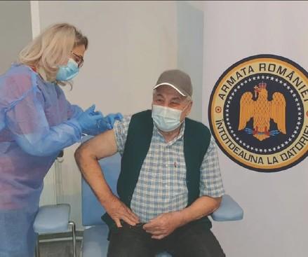 ??  ?? MapN își pune centrele de imunizare la dispoziția populației și trimite echipe mobile de vaccinare în localitățile izolate