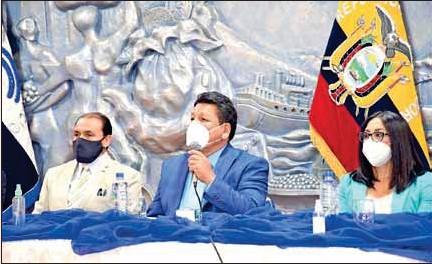??  ?? Intervención de Hernán Delgado, Presidente de la Cámara de Comercio.