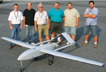 ??  ?? Project Mk-5 Shadow 200 with (from left) Electronic Techs Brad Galoway and Jim Jeter and Model Shop Techs Nick Ziroli, Ron Stahl, and Troy Lawicki.