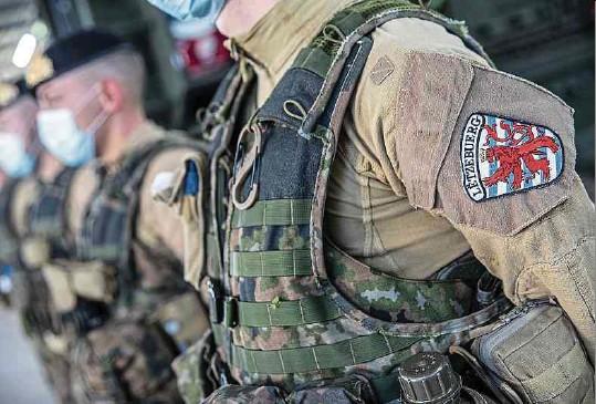?? Foto: Gerry Huberty ?? Auf dem Herrenberg präsentierten die Soldaten gestern ihre Einsatzfähigkeit.