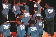 ?? TODD KIRKLAND/ASSOCIATED PRESS ?? Members of the Atlanta Hawks on Monday wore shirts commemorating Martin Luther King Jr. Day around the country when they faced the Minnesota Timberwolves.