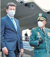 """?? Foto   Cortesía Ejército Nacional   LA PATRIA ?? El ministro de Defensa, Diego Molano, anunció la """"neutralización"""" de los disidentes de las Farc."""
