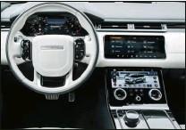 ??  ?? D300 signifie 300 ch. C'est le diesel le plus puissant de la gamme. Peu de commandes physique et des écrans haute définition définisent le poste de pilotage du Velar.