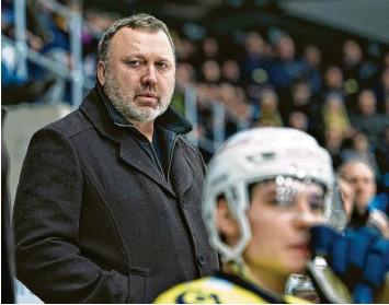 ?? Foto: Henning Bagger, imago images ?? Der neue AEV‰Coach Mark Pederson führte den dänischen Klub Esbjerg Energy zu zwei Meisterschaften und in die Champions Ho‰ ckey League.