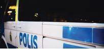 ?? FOTO: SACHARIAS KÄLLDÉN ?? När polisen stoppade en bilist för misstänkt rattfylleri visade sig att han hade surfat på mobilen.