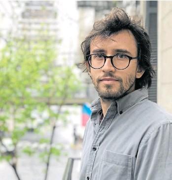?? CORTESÍA MALBA ?? Nacido en México en 1984, publicó poesía y narrativa y es el autor de En medio de extrañas víctimas.