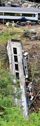 ??  ?? Horror: The ScotRail crash
