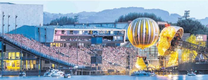 """?? FOTO: ROLAND RASEMANN ?? """"Wir gehen von einem Start der Bregenzer Festspiele aus"""", sagt Kommunikationschef Axel Renner. Auf der Seebühne würde dann diesen Sommer noch einmal """"Rigoletto""""gegeben."""