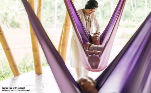 ??  ?? Sacred Nap with resident wellness mentor, Heni Ferawati