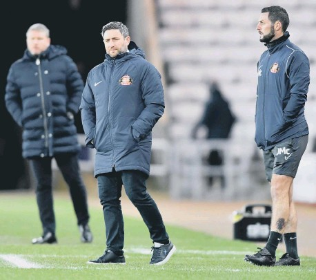 ??  ?? Lee Johnson says it's time to demand more after another frustratin­g League One draw.