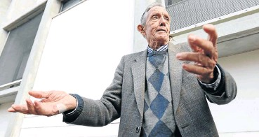 ??  ?? Robert Delaney, 82, believes that fruit and vegetables have helped in his remission from cancer.