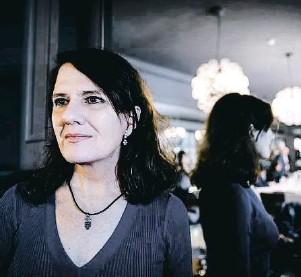 ?? XAVIER CERVERA ?? La escritora Herminia Luque, ganadora del ultimo premio Edhasa