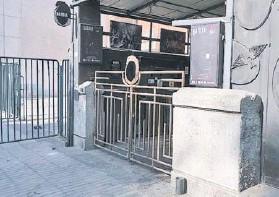 ??  ?? La Batuta de Ñuñoa sólo funciona como bar los jueves y viernes.