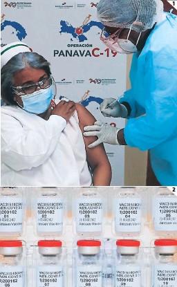 ??  ?? (1) Hasta ahora todas las vacunas disponibles se aplican en dos dosis. (2) La vacuna de Johnson & Johnson aceleraría la inmunización al requerir una sola dosis.