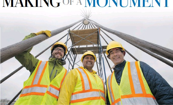 ?? GREG PENDER/The StarPhoenix ?? Jean-Sebastien Gauthier, left, Adrian Stimson, centre, and Ian (Happy) Grove, in front of their installation Spirit of Alliance at the new traffic circle on Avenue B near the Farmer's Market.