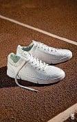 ??  ?? Federer-Schuh der Marke On.