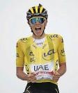 ?? Foto: AFP ?? Unwiderstehlich: Tadej Pogacar holt seinen zweiten Tagessieg bei der Tour.