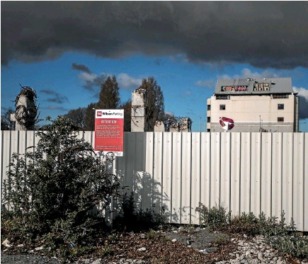 ?? PHOTO: IAIN MCGREGOR/STUFF ?? A typically apocalyptic Wilson Parking site on Armagh St in central Christchurch. ''Maintenance varies,'' the company says.