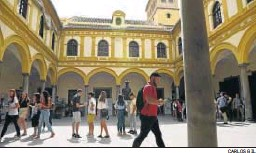 PressReader - Granada Hoy: 2018-10-01 - La UGR reduce a casi la ...