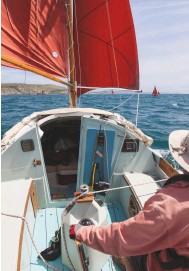 ??  ?? BeLoW on board Siesta, Peter tiplady's original Drifter