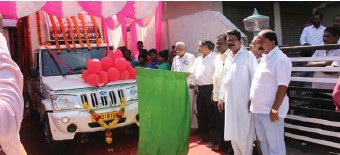 ??  ?? Bhagat Singh, Chairman along with K Murugan, MD, of A&N SCB, have launched Mobile van equipped with the banking technology.