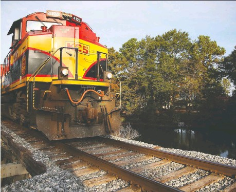"""?? KCS ?? CN CEO Jean-jacques Ruest says that rival CP was distracting investors with """"inaccurate and unfounded assertions"""" that his company's Us$25.2-billion bid for U.S. rail operator KCS is """"fool's gold."""" Canada's biggest railways are competing for key trade routes to Mexico."""