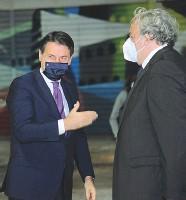 ??  ?? Conte ed Emiliano, possibili alleati alle Amministrative