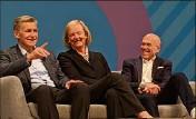 ??  ?? Jeffrey Katzenberg (Disney, Dreamworks) et Meg Whitman (HP) ont annoncé hier à Cannes le lancement de Quiby, leur plateforme de streaming pour mobiles, en avril , en présence du directeur marketing de Procter & Gamble, Marc Prittchard (à droite). (Photo N-M)