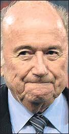 ??  ?? JOSEPH BLATTER El presidente y favorito. Suizo. Sucedió a Havelange y busca el quinto mandato