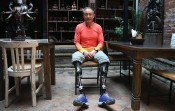 ?? — AFP ?? This April 4 photograph shows Chinese double amputee climber Xia Boyu, who lost both of his legs during first attempt to climb Everest, during an interview with AFP at Bhaktapur on the outskirts of Kathmandu.