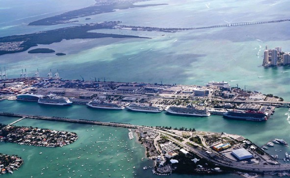 ??  ?? An aerial view of six cruise ships at Port Miami Pier Cruise Terminal in Dodge Island, East of Miami.