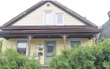 ??  ?? A house at 30 Wesley St. in Whitney Pier is currently up on property tax sale by the Cape Breton Regional Municipality with a starting bid for the outstanding taxes of $10,137.53.