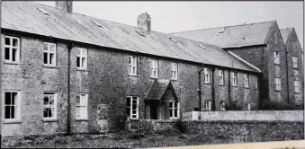 ??  ?? secrets: The home in Tuam, Co. Galway, and, below, part of the 1947 inspection report into a day nursery in the home