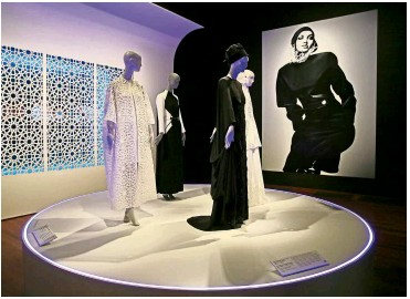 ??  ?? The installation, which is the first major museum exhibition of its kind, hopes to spark a deeper understanding of Muslim women.