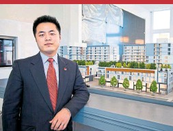 ?? JACK LANDAU ?? Thomas Liu with the phase one model of Central Park Ajax. The project seems destined to become the latest failed venture by Liu's LeMine Investment Group.